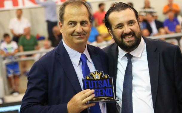 """Bergamini riceve dal presidente Montemurro il premio Legend: """"Grazie per questo riconoscimento"""""""