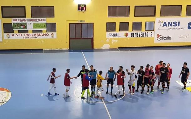 Serie C1, il replay della decima giornata al PalaFerrara premia il Benevento 5: all'Acerrana non basta un minuto di fuoco, Campano tinge di giallorosso i tre punti