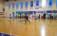 Alma rimontata e sconfitta al PalAliperti: Recalde non basta, appuntamento coi playout rimandato all'ultima giornata