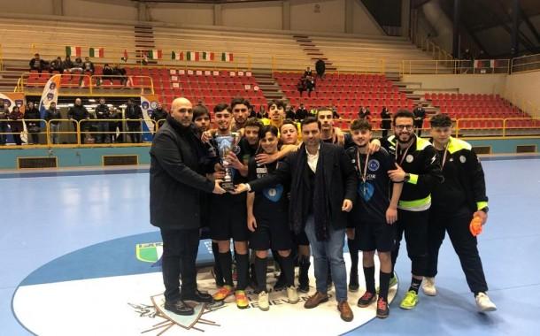Il Real Torre del Greco solleva la coppa Campania U19, Benevento 5 kappaò al PalaTedeschi tra le polemiche