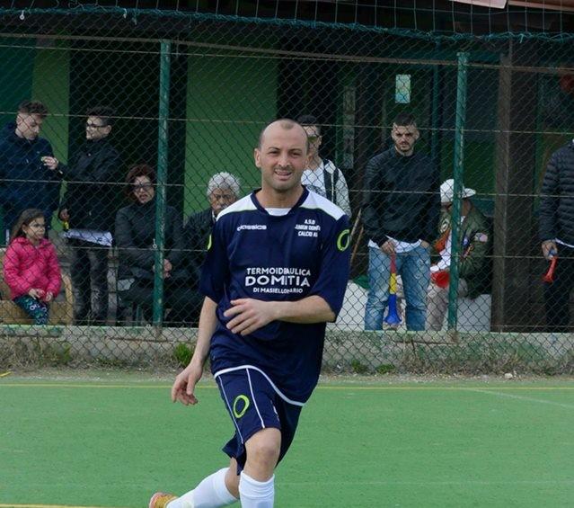 Uno scatto di Mario Fierro con la maglia dello Junior Domitia