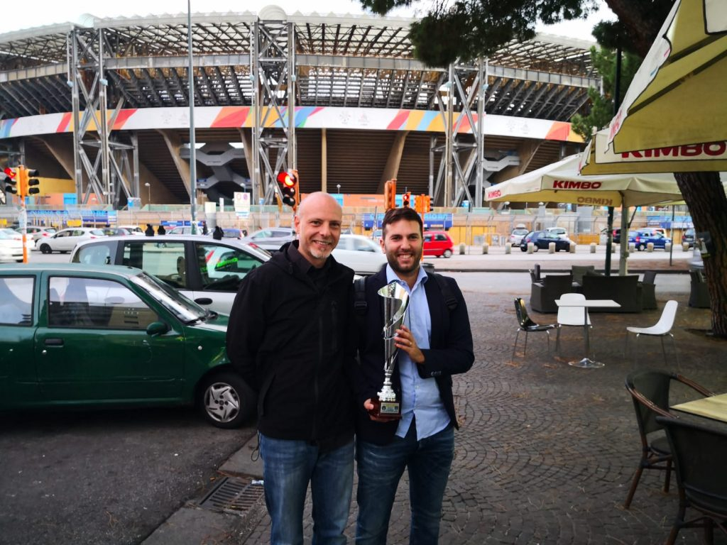 Alessandro Piacente (sx) e Mattia Gregoroni (dx) con la coppa della vittoria nel campionato U19 élite