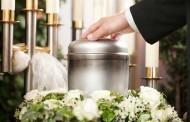 Vincenzo Esposito, il lavoro al forno crematorio e quell'ultimo saluto senza affetti per i defunti di Covid 19