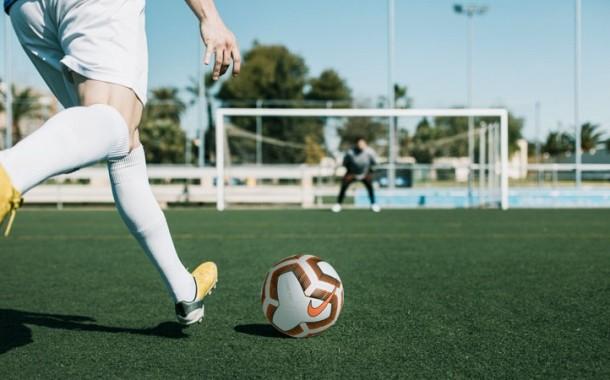 Chiarimento della FIGC sul Protocollo: il modello organizzativo di gara può adattarsi agli impianti di gioco