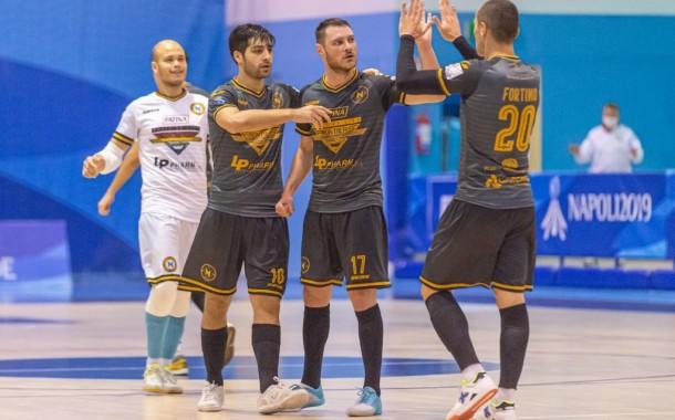 Serie A2, il Napoli fa la voce grossa nell'anticipo: 7-0 col Messina
