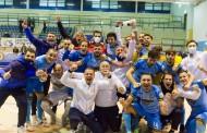 Napoli all'undicesimo successo di fila. Doppio Hozjan, Chilelli ed Arillo: 4-1 nell'anticipo col Cosenza