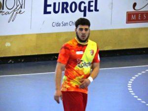 Francesco Russo con la maglia del Benevento 5