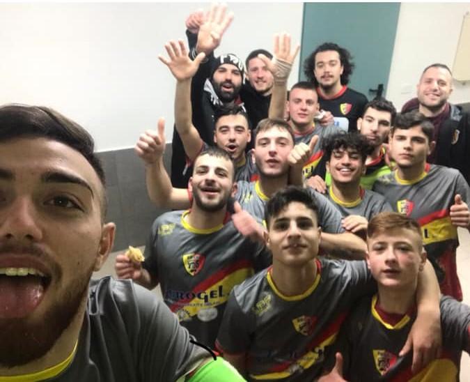 La gioia dei ragazzi dell'Under 21 del Benevento 5
