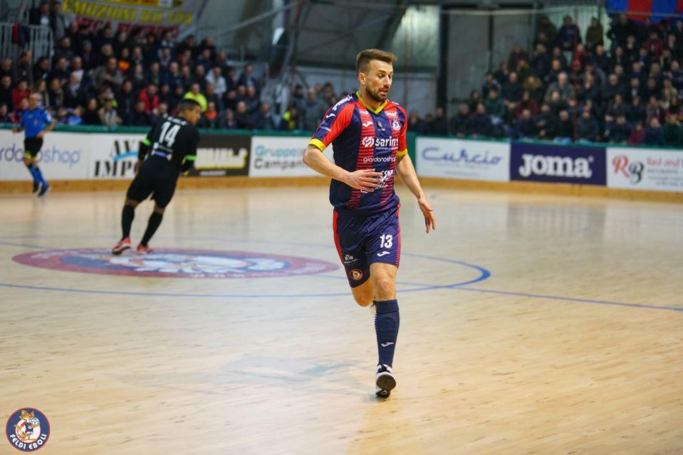 Thiago Bissoni con la maglia della Feldi