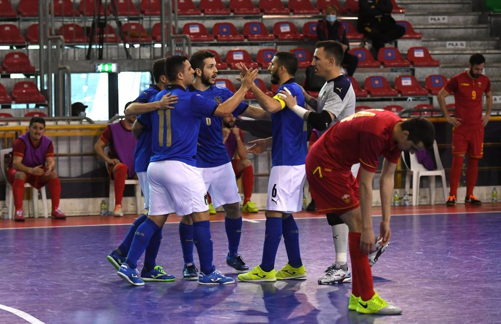 PRATO, ITALY - APRIL 13: Guilhelme Gaio of Italy  celebrates after scoring the opening goal during the UEFA Futsal EURO 2022 Qualifier between Italy and Montenegro at Estraforum on April 13, 2021 in Prato, Italy. (Photo by Alessandro Sabattini/Getty Images)
